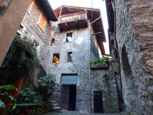 Immobilien Comer See Sala Comacina Haus 50 Meter vom See