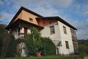 Immobilien Comer See San Siro Haus mit Garten and lake view