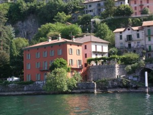 Immobilien Comer See Pognana Lario direkt am See mit Schwimmbad