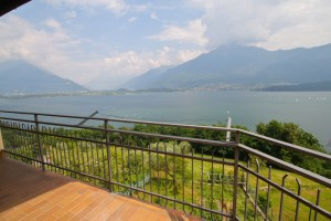 Immobilien Comer See Vercana mit Terrace Seeblick