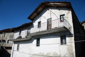 Immobilien Comer See Vercana Haus mit Garden Seeblick