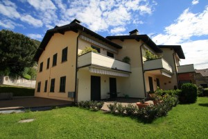 Immobilien Comer See Domaso mit Garten and garage, close to the lake