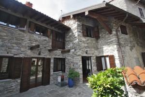 Immobilien Comer See Cremia Renoviert Rustico mit Seeblick und garten