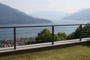 Immobilien Comer See Vercana Wohnung mit Pool seeblick