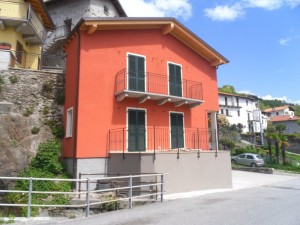 Immobilien Comer See San Siro mit Seeblick und terrasse