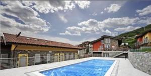 Immobilien Comer See Pianello del Lario Residenz mit Pool