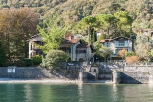 Immobilien Comer See Villa Direkt am See mit Bootshaus und depadance
