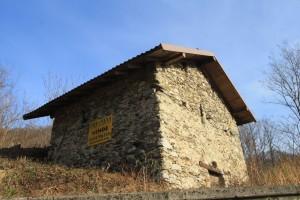 Immobilien Comer See Sorico Haus zu renovieren mit Seeblick