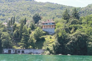 Immobilien Comer See Oliveto Lario Villa Direkt am See with boathouse