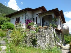 Immobilien Comer See Lenno Villa mit Seeblick und Garten