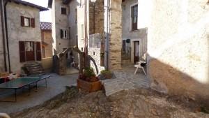 Immobilien Comer See Bellano Stein Renoviert Haus mit balkon
