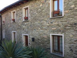 Immobilien Comer See Pianello Lario Renoviert Stein Haus mit Seeblick und terrasse