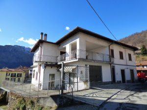 Immobilien Comer See Dongo Haus mit Seeblick mit terrasse