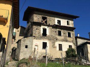 Immobilien Comer See Cremia Stein Rustico zu Renovieren mit Seeblick und garten