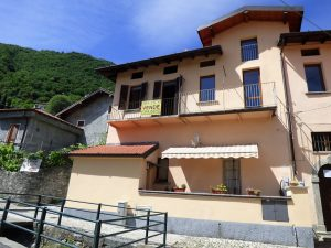 Immobilien Comer See Tremezzina Wohnung mit Balkon - Lenno