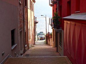 Immobilien Comer See San Siro Wohnung Mit Parkplatz sonnig lage