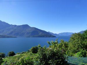 ImmobilienComer See in Domaso Haus mit Garten und Seeblick
