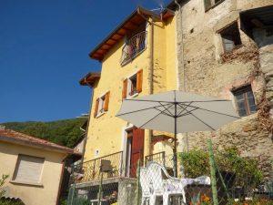 Immobilien Comer See San Siro Haus mit Seeblick Und Terrasse Sonnig