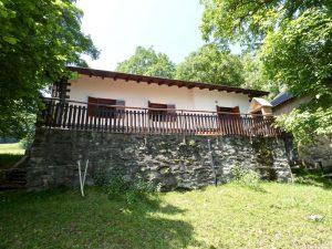 Immobilien Comer See Dongo Hügelig Haus mit Seeblick und land
