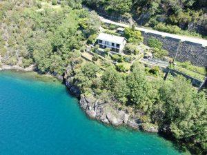 Immobilien Comer See Dorio Villa Direkt am See mit Garten und terrasse