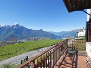 Immobilien Comer See Sorico Haus mit Seeblick