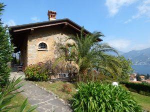 Immobilien Comer See Menaggio Villa mit Seeblick und Privat Garten