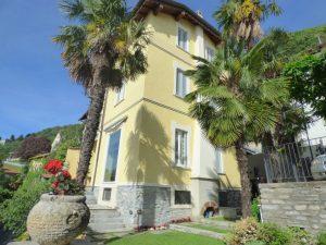 Immobilien Comer See Moltrasio Villa Direkt am See