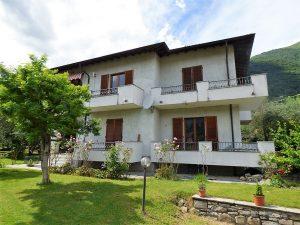 Immobilien Comer See Tremezzina Villa mit Terrasse